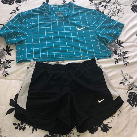 Nike Tops - Nike Bundle